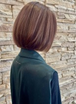 切りっぱなしショートボブ30代40代(髪型ボブ)