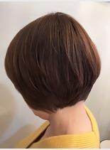 後頭部丸みカット(髪型ボブ)