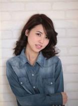 カールミディ(髪型ミディアム)
