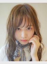 (髪型セミロング)