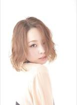 セミウェットパーマ(髪型ミディアム)