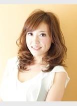 ハンサムセミディ(髪型ミディアム)