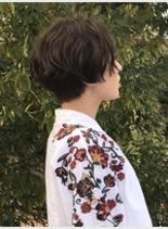ナチュラルショートボブ (髪型ミディアム)