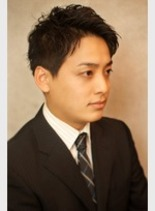 前髪上げめスーツスタイル(髪型メンズ)