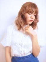外国人風ルーズウェーブ(髪型ミディアム)