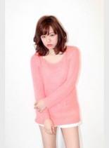 イルミナ pink(髪型ミディアム)