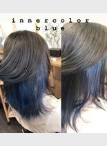 インナーカラー/ブルー(髪型ミディアム)