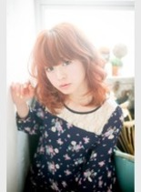 揺れるソフトウエーブ♪(髪型ミディアム)