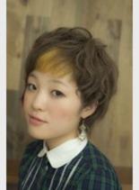 アシメショート(髪型ショートヘア)