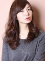 ツヤカラーウェーブ(髪型ロング)