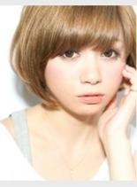 マッシュ風ナチュラルボブ(髪型ショートヘア)