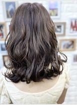 艶髪♪グレージュカラー(髪型ボブ)