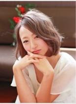 ミルクティ・アッシュボブ(髪型ボブ)