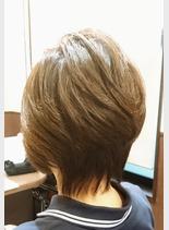 オーガニックカラー(髪型ショートヘア)