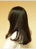バックサイド(髪型ミディアム)