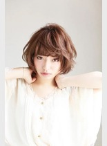 (髪型ショートヘア)