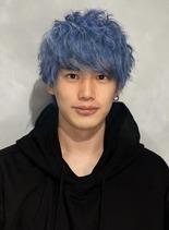 光色サファイヤブルー(髪型メンズ)