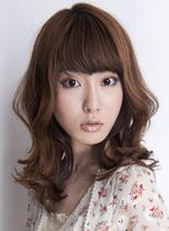 ウェーブセミディ(髪型ミディアム)