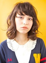 ガーリーミディアム(髪型ミディアム)