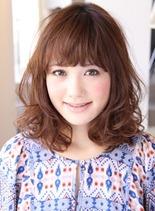 シースルーウェーブ(髪型ミディアム)