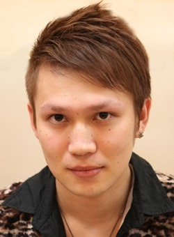 ソフト刈り上げアシメショート(髪型メンズ)